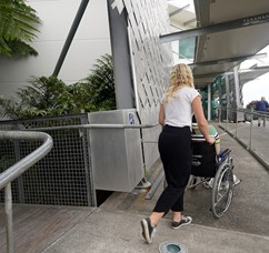 2018DSC03681_lady pushing wheelchair.jpg