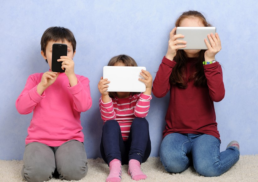 children-with-devices-PJRBLMF_resized.jpg